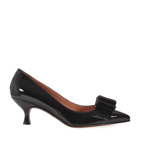 L'AUTRE CHOSE ZWART LAKLEER COURT SHOES