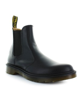 BOTÍN CHELSEA 2976 SMOOTH NEGRO HOMBRE DR. MARTENS