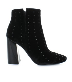 KENDALL AND KYLIE BLACK VELVET TIAA BOOTIE