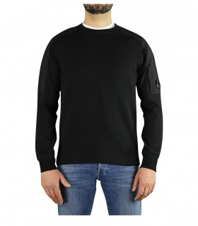 C.P. COMPANY BLACK CREWN NECK SWEATER